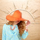 Sunny Getaway: Women's Accessories