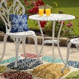Get Outside: Décor & Furniture