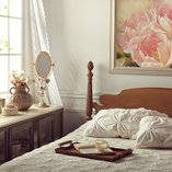 Vintage Chic: Bedroom