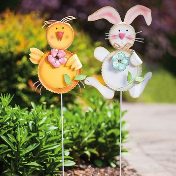 On Easter Day: Outdoor Décor