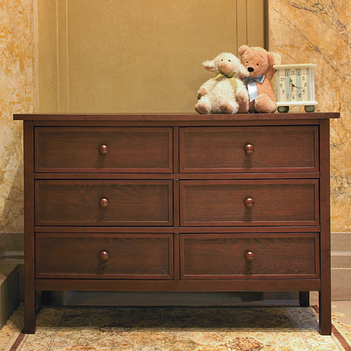 combination dresser and changing table