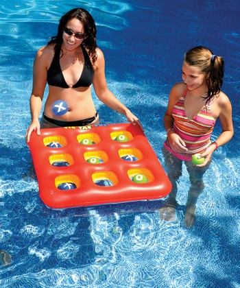 Tic-Tac-Toe Float Toss Game