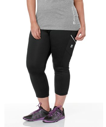 Black Tech Capri Leggings - Plus