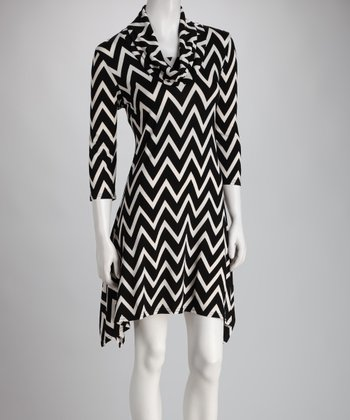 Black & White Zigzag Sidetail Dress