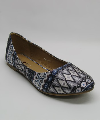Gray Tribal Flat