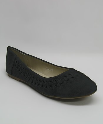 Black Cutout Chain Flat