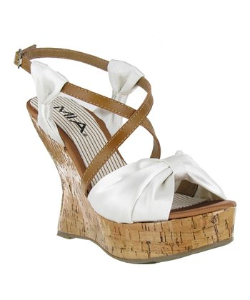 White Isabella Wedge
