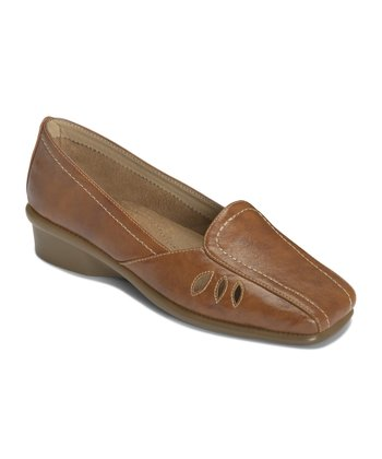 Tan Medieval Loafer