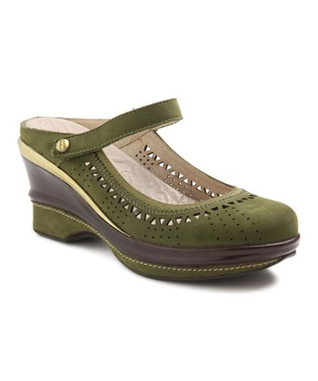 Olive Dynasty Wedge
