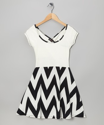 Black & White Zigzag Dress