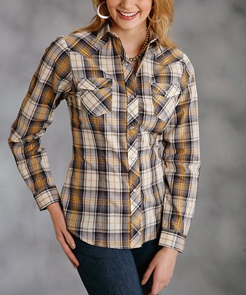 Brown & Cream Plaid Button-Up - Women