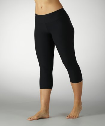 Black Performance Slim-Fit Capri Leggings