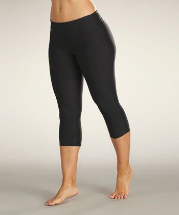 Black & Carbon Capri Leggings