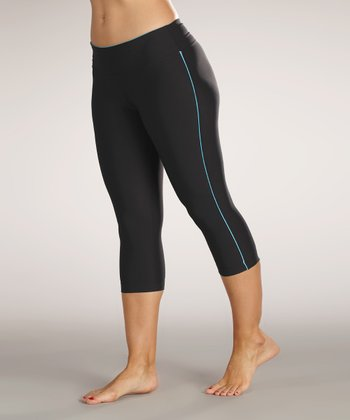 Black & Aqurius Capri Leggings