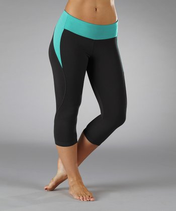 Cerulean Lightning Cropped Leggings