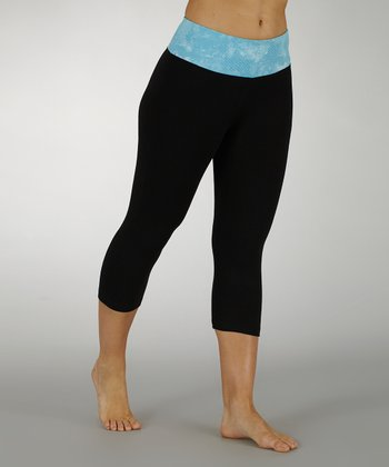 Aquarius Sky's the Limit Tummy Control Capri Pants