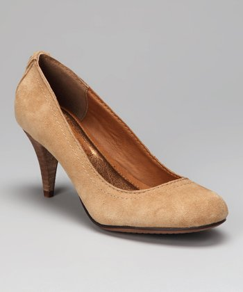 Tan Tressa Pump