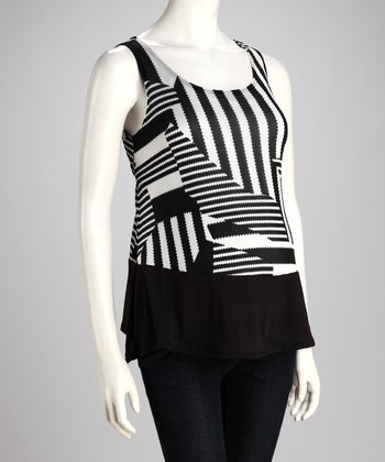 Black & White Geometric Maternity Cutout Tank - Women