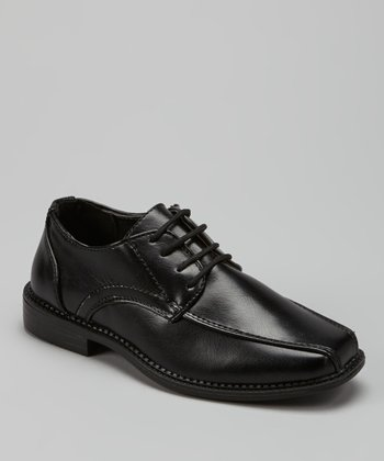 Black Pointed Dress Shoe