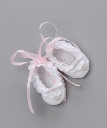 White Crocheted Ribbon Bootie