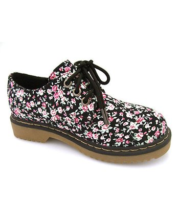 Black Floral Three-Hole Lace-Up Shoe