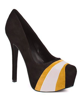 Iowa Hawkeyes Suede Pump