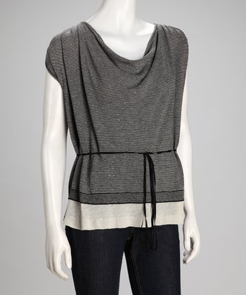Black & Canvas Installation Linen-Blend Layered Top - Women
