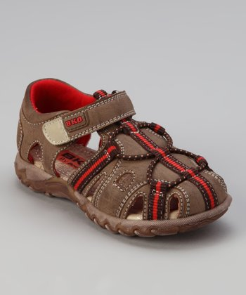 Brown Jon II Closed-Toe Sandal