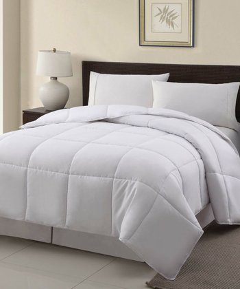 White Down-Alternative Microfiber Comforter