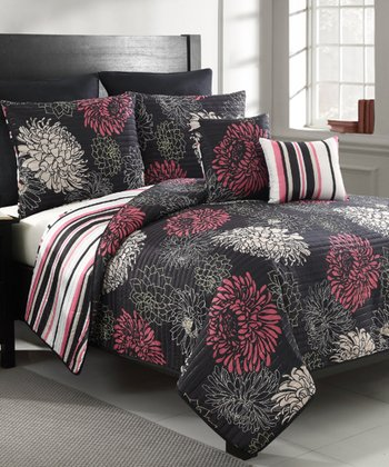 Black Vanessa King Quilt Set