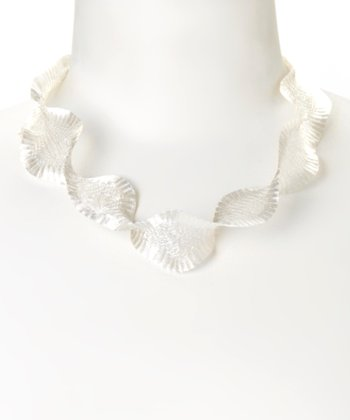 White Metal Ribbon Necklace