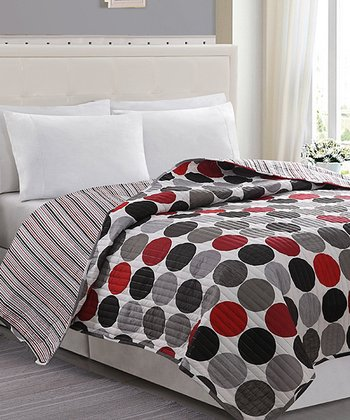 Black & Red Orbit Ruched Quilt Set