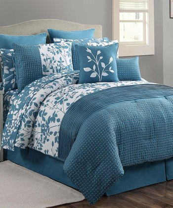 White & Blue Shadow Vine Comforter Set