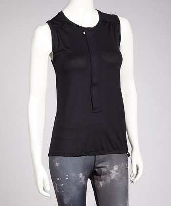 Black Pinne Sleeveless Top