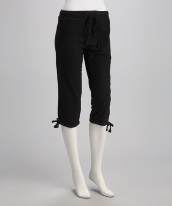 Black Tie-Bottom Capri Pants
