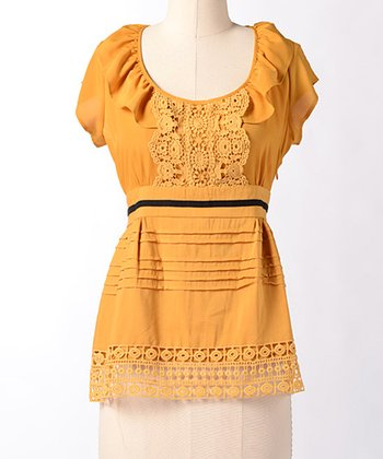 Yellow Ruffle Beach Hill Top