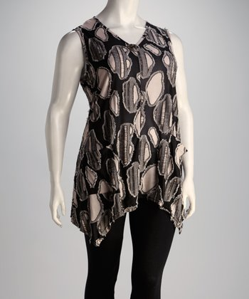 Black & White Oval Plus-Size Sleeveless Top