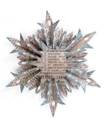 Tim Holtz Small Snowflake Rosette Sizzlits Decorative Strip Die