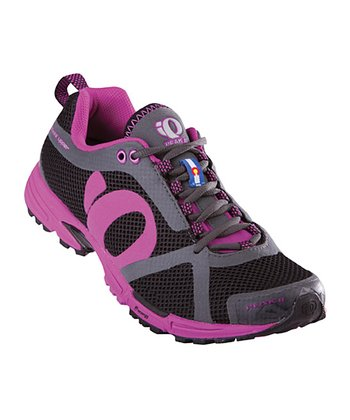 Black & Electric Purple Peak II Running Shoe - Women