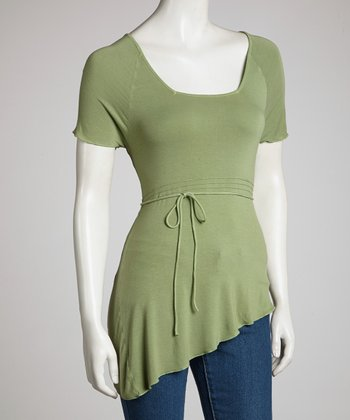 Green Asymmetrical Hem Short-Sleeve Top - Women