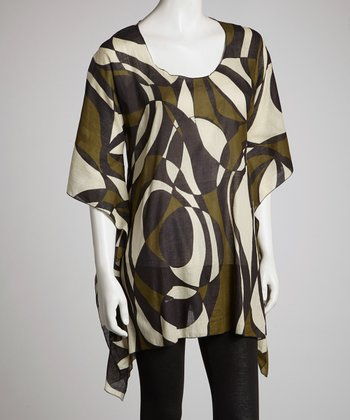 Black & Green Abstract Curves Sidetail Top - Women