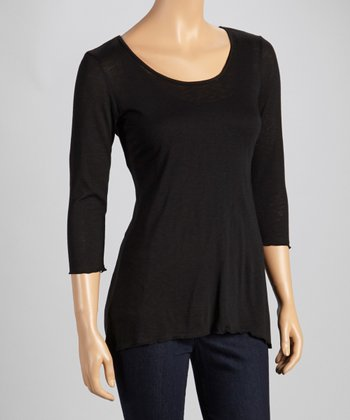 Black Three-Quarter Sleeve Top