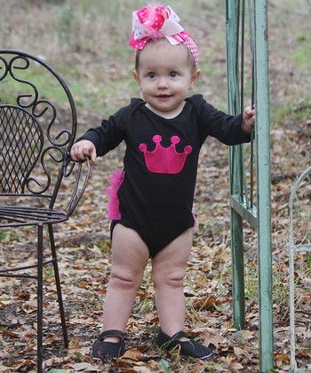 Black & Pink Crown Bodysuit - Infant