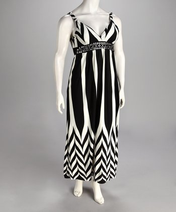 Black & White Zigzag Maxi Dress - Plus