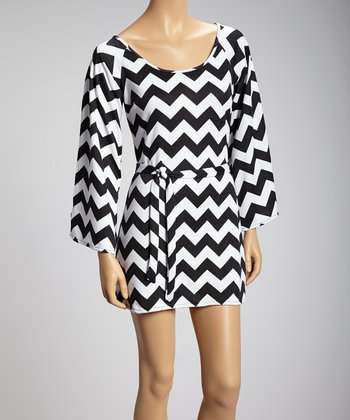 Black & White Zigzag Long-Sleeve Dress