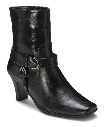 Black Cingled Out Boot