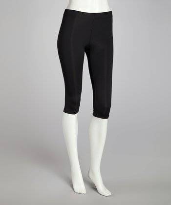 Black Capri Pants - Women