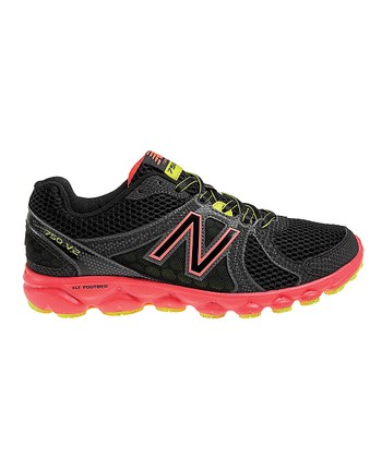 Black & Pink W750v2 Running Shoe - Women