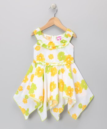 Green Daisy Yoke Handkerchief Dress - Toddler & Girls