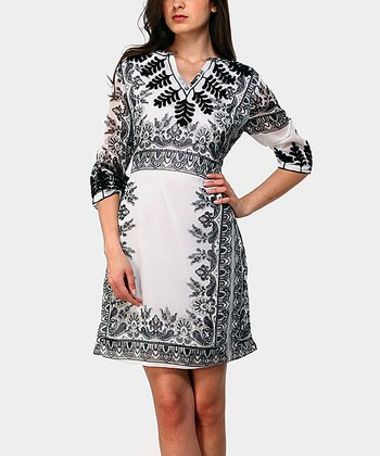 Black & White Tunica Three-Quarter Sleeve Dress